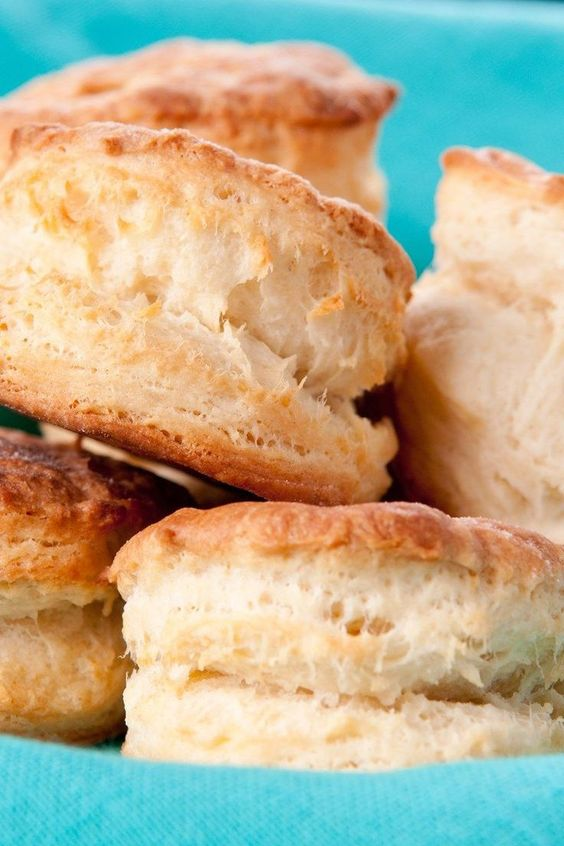 Easy Popeye's 7-Up Biscuits Copycat